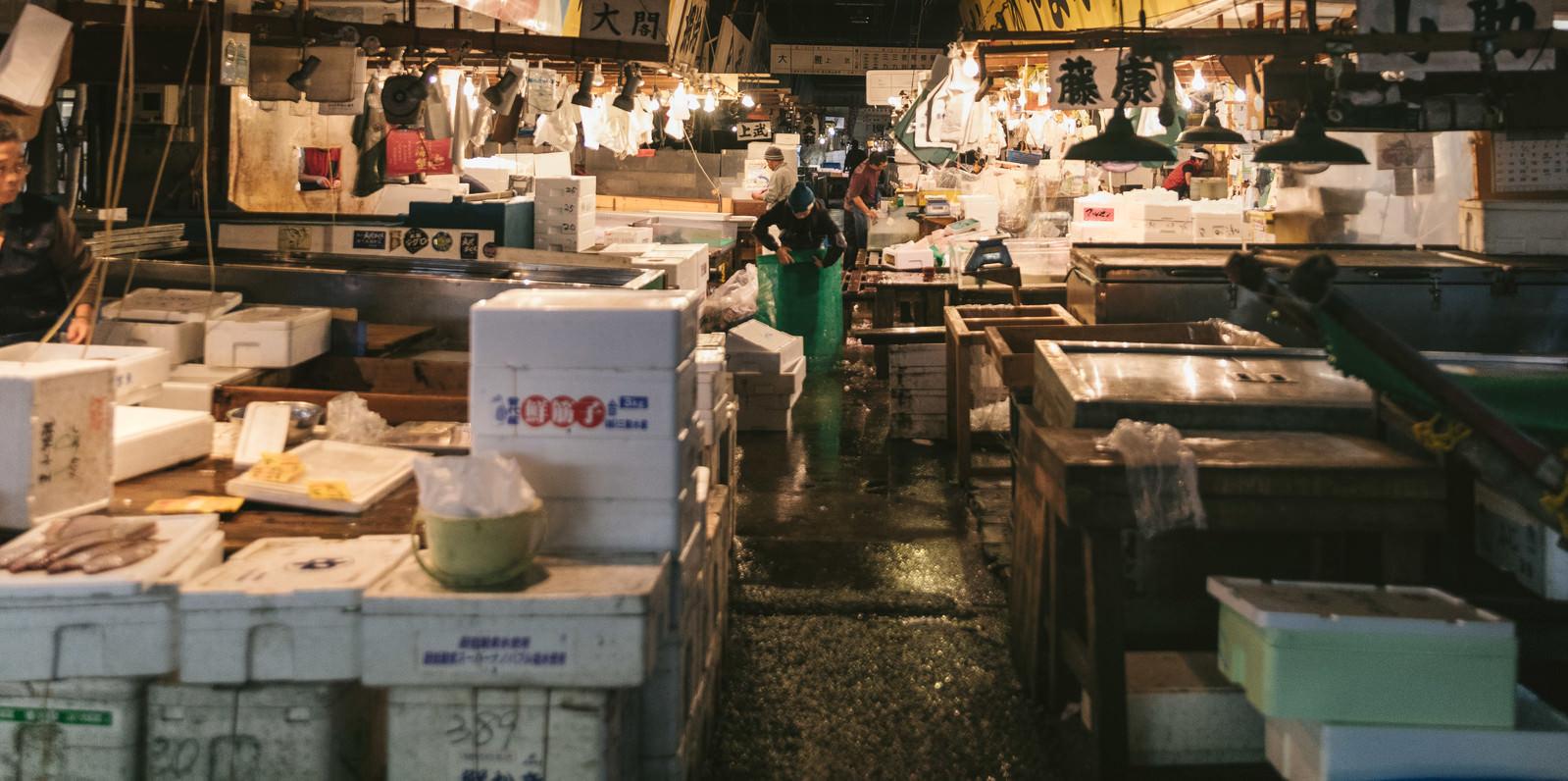 「築地市場内の水産部」の写真