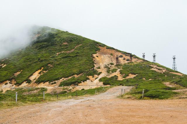 小串鉱山ふもとの鉄塔跡の写真