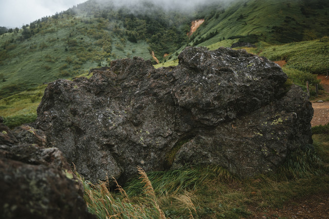 毛無峠の岩石の写真