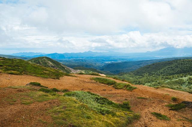 毛無峠山頂から見える景観の写真
