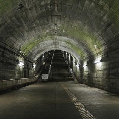 階段をあがったらボスいそうな場所(土合駅)の写真