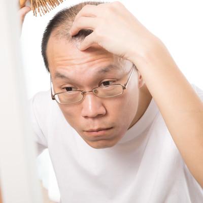 「毎日欠かさない頭皮ケア」の写真素材