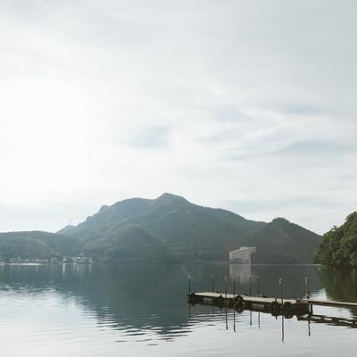 「群馬県西部にある榛名湖」の写真素材