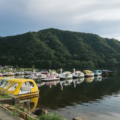 「スワンボート(榛名湖)」の写真素材
