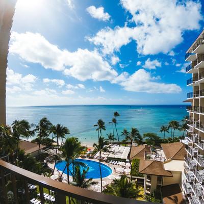 リゾートホテルのオーシャンフロントから見える絶景の写真