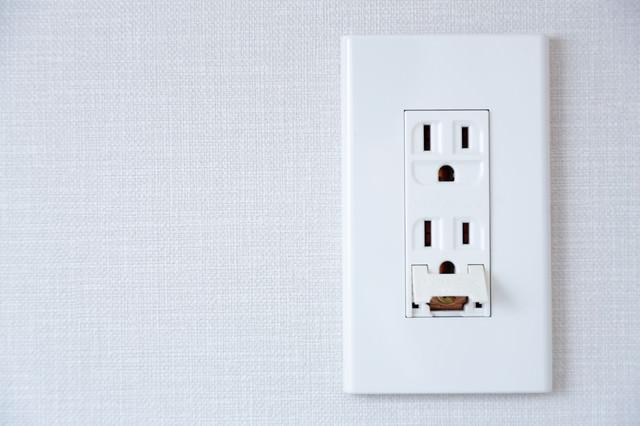 一般的な家庭用コンセント差込口の写真