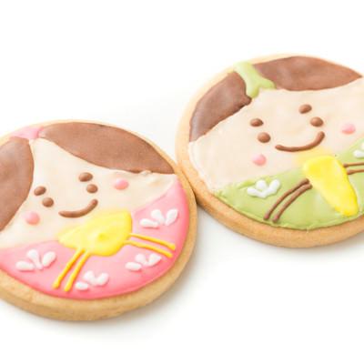 男雛と女雛のアイシングクッキーの写真
