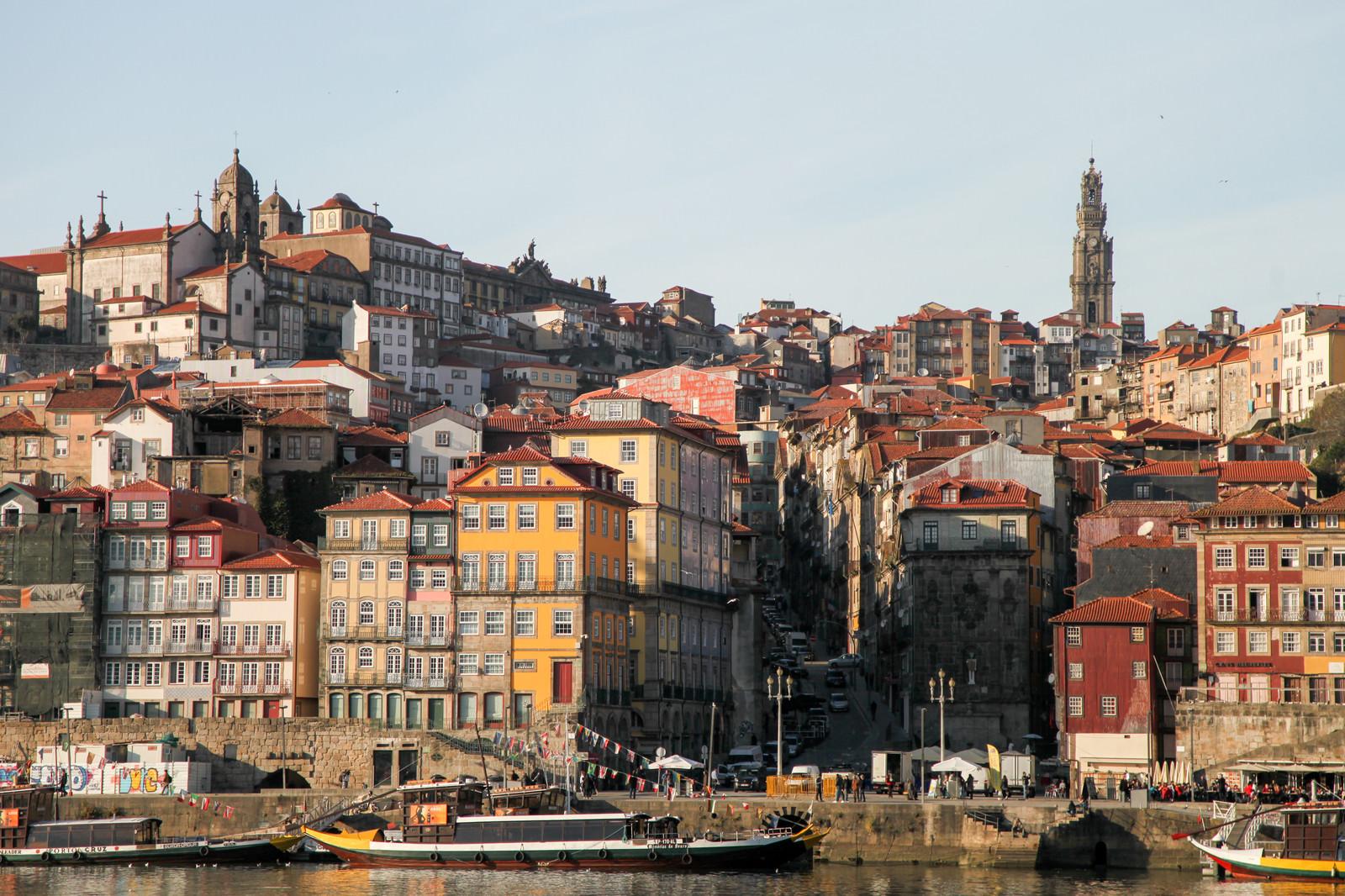 「ポルトガル・ポルトの街並み(世界遺産)」の写真