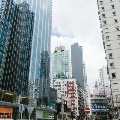 「香港のビル群と街並み」の写真素材