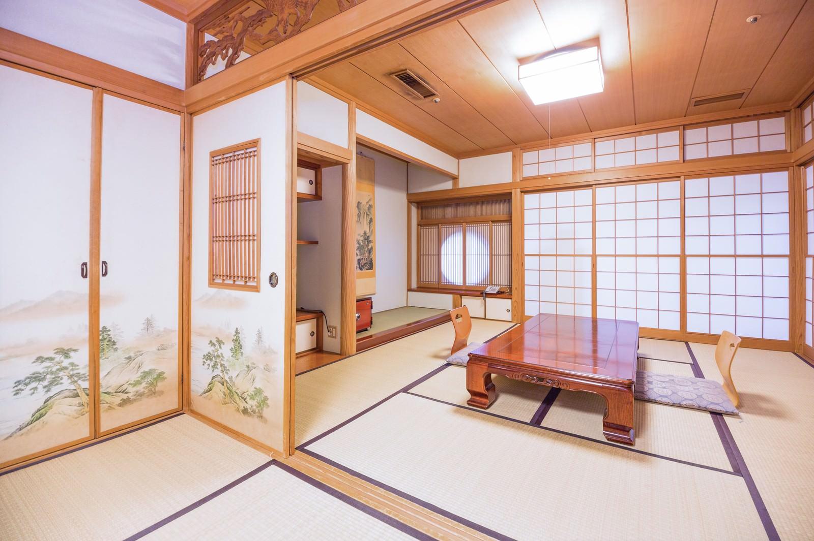 「広々とした和室(客室)」の写真