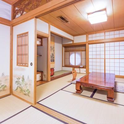 「広々とした和室(客室)」の写真素材