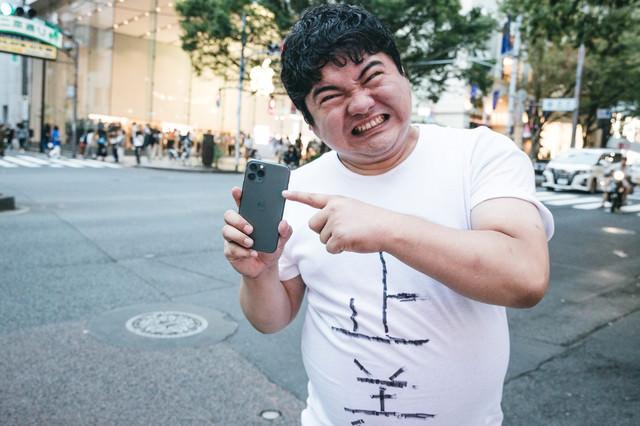 「こんなカメラはジョブズが許さない」と言い張るジョブズ正義マンの写真