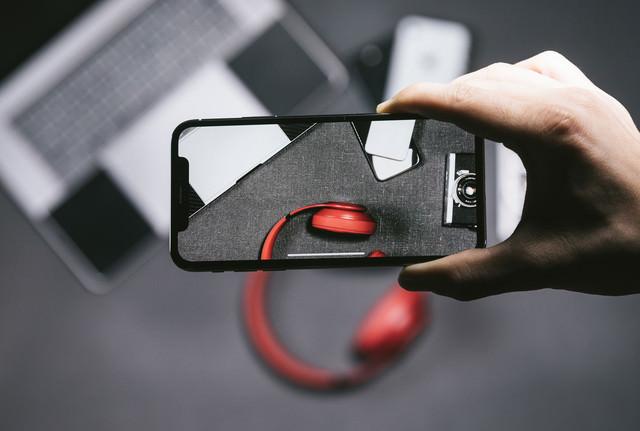 iPhone X の5.8型有機ELパネルの美しさの写真