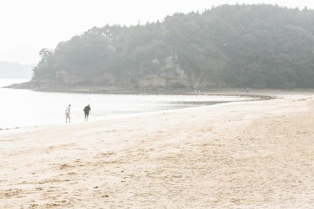 夏のイマリンビーチの砂浜の写真