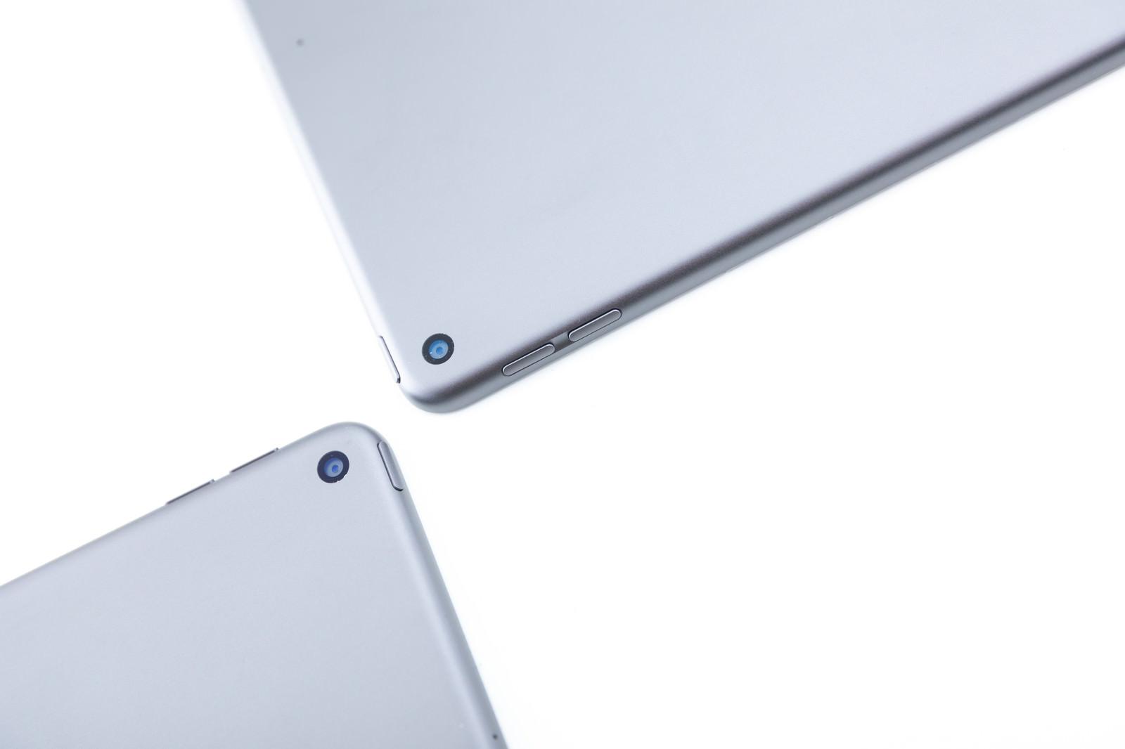 「iPadminiの仕様比較(リアカメラ)」の写真