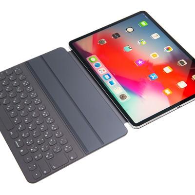 Smart Keybord Filio を取り付けた iPad Pro2018の写真