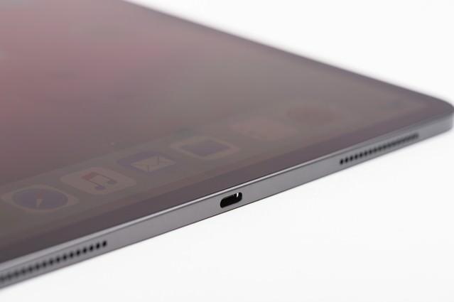 iPad Pro 電源部分の写真