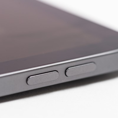 iPad Pro 音量ボタン(サイドボタン)の写真