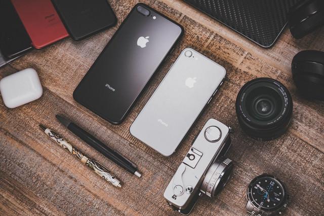 レンズやフィルムカメラとiPhoneの写真