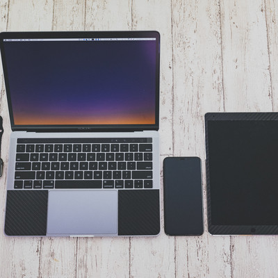 AppleWatchと人気のApple製品の写真