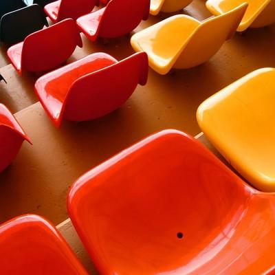 「カラフルな観覧席」の写真素材