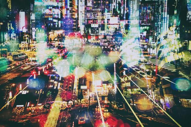 雑多な街(フォトモンタージュ)の写真