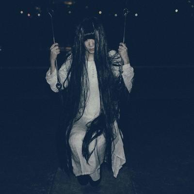 「お化け役の面接に落ちたSADAKO」の写真素材