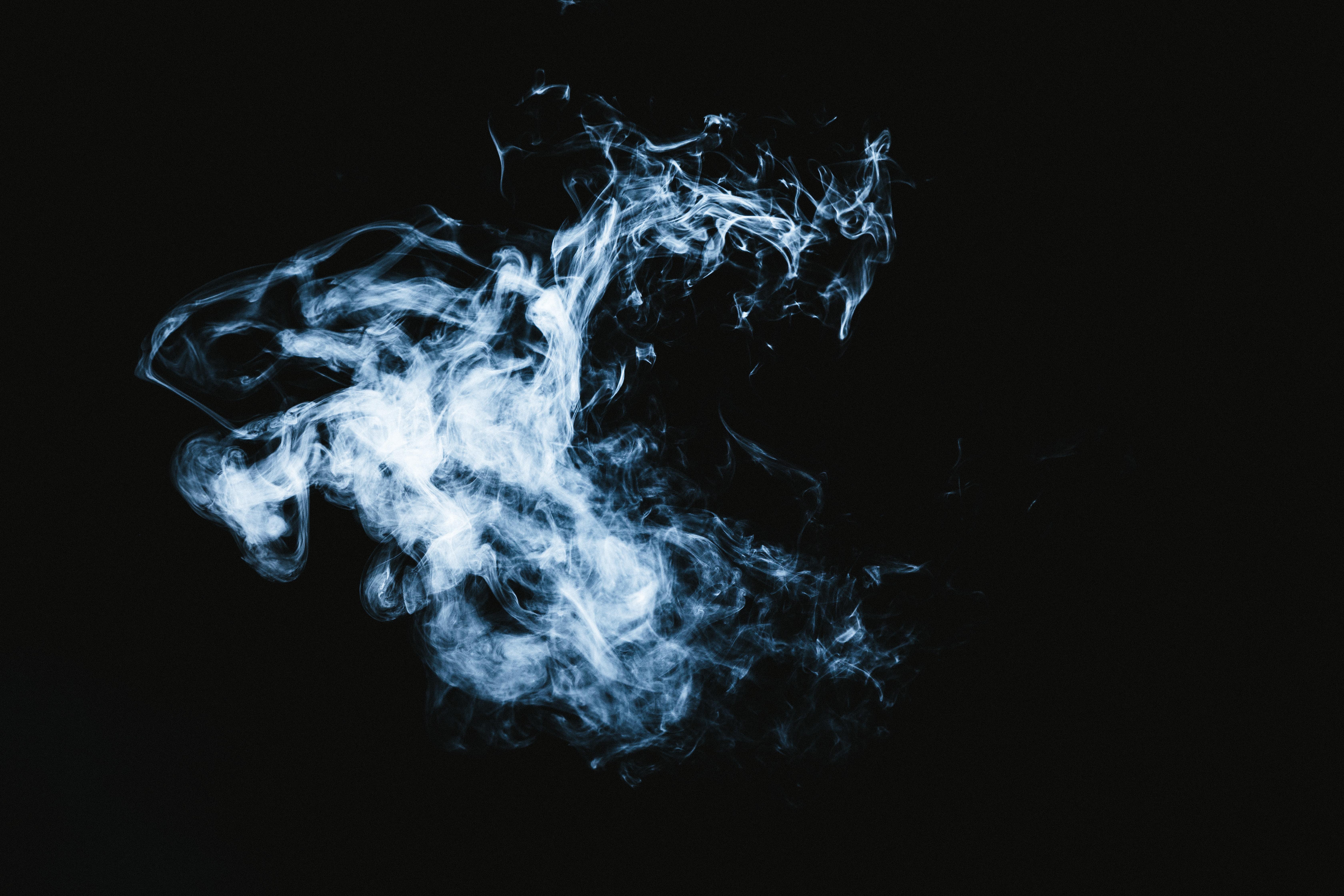 マッドピエロのような煙の写真素材