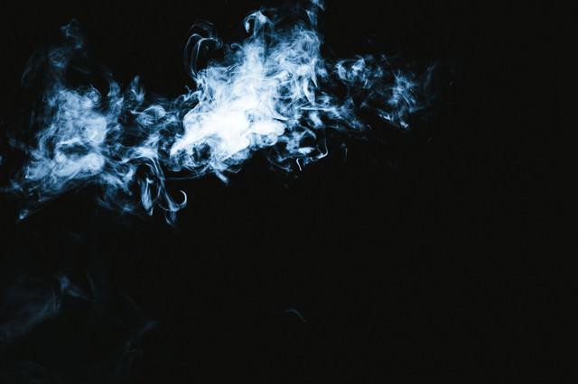 亡者の悲鳴が聞こえてきそうな煙の形の写真