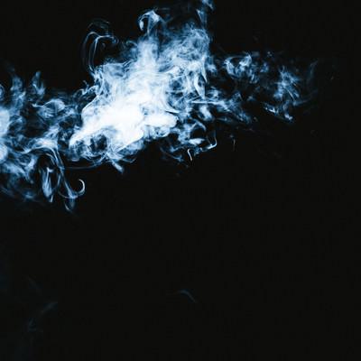 「亡者の悲鳴が聞こえてきそうな煙の形」の写真素材