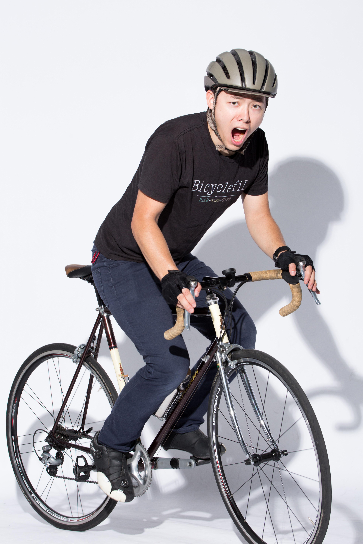 ロードバイクで会場入り 無料の写真素材はフリー素材のぱくたそ