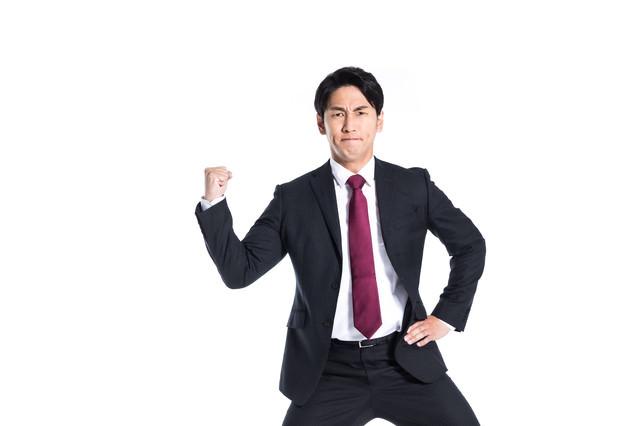 体力が続く限りファイトする会社員の写真