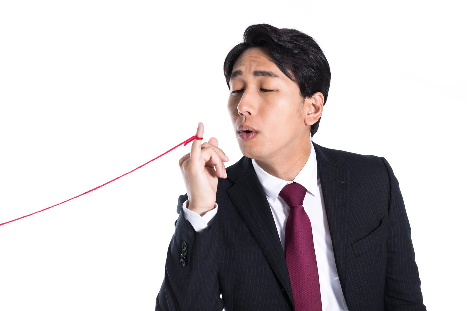 「私はこれで会社を辞めました」の写真[モデル:大川竜弥]