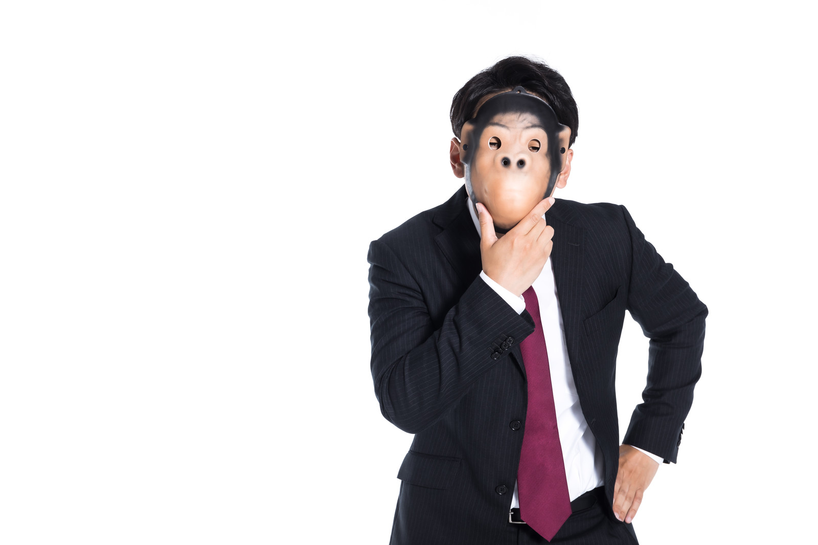 「匿名なら生き生きな様子」の写真[モデル:大川竜弥]