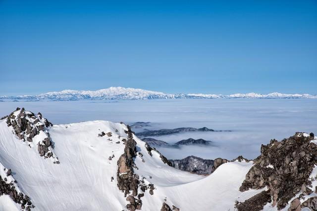 焼岳山頂の雲海(白山方面)の写真
