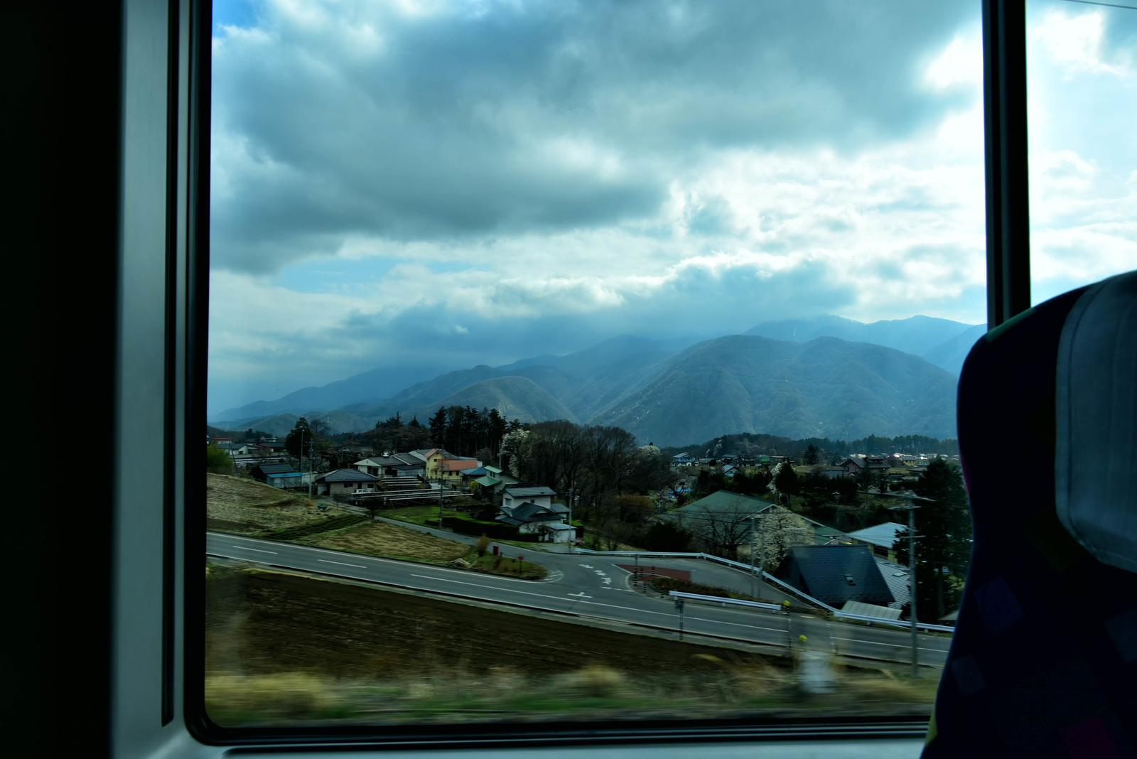 「車窓の中の南アルプス」の写真