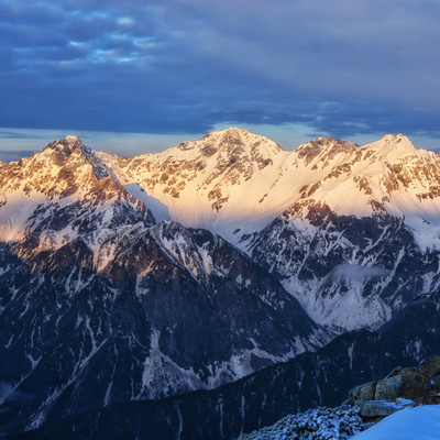 穂高岳のモルゲンロートの写真