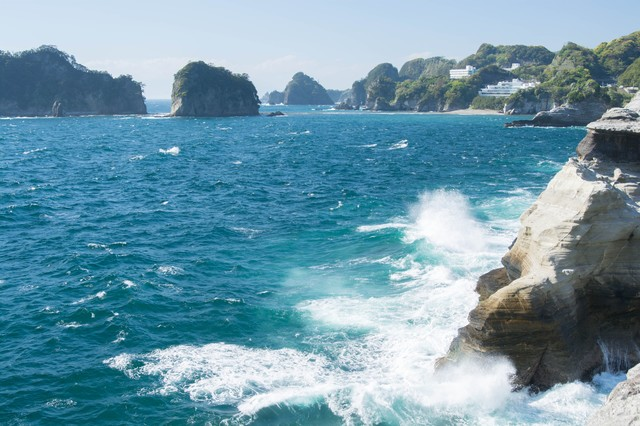 伊豆の断崖の写真
