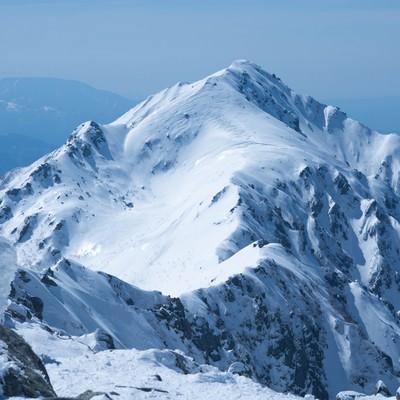 凍てつく三ノ沢岳(雪山)の写真