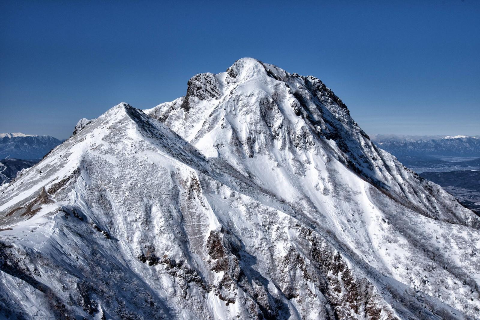 「厳冬期の阿弥陀岳」の写真