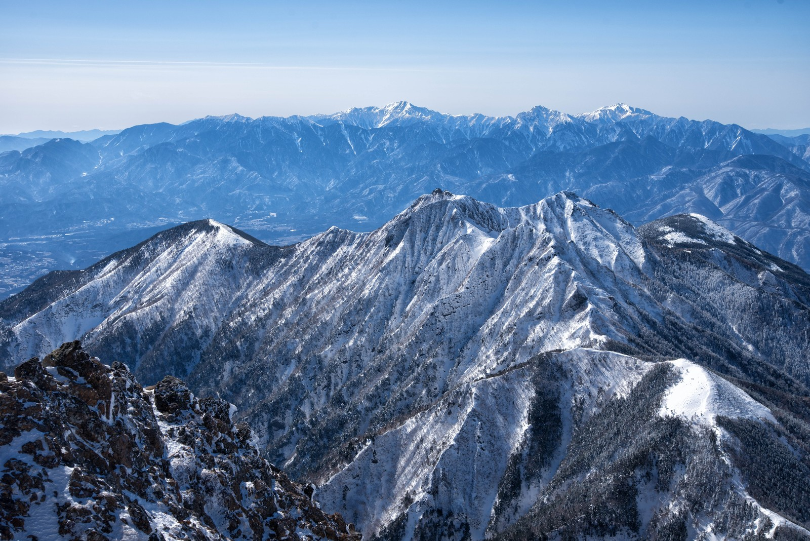 「権現岳と南アルプス」の写真