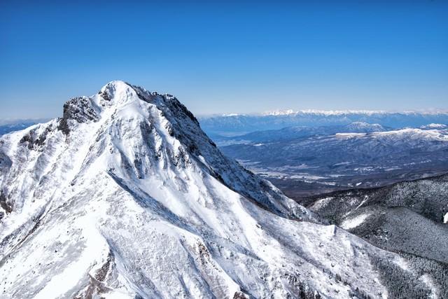 阿弥陀岳と北アルプスの写真
