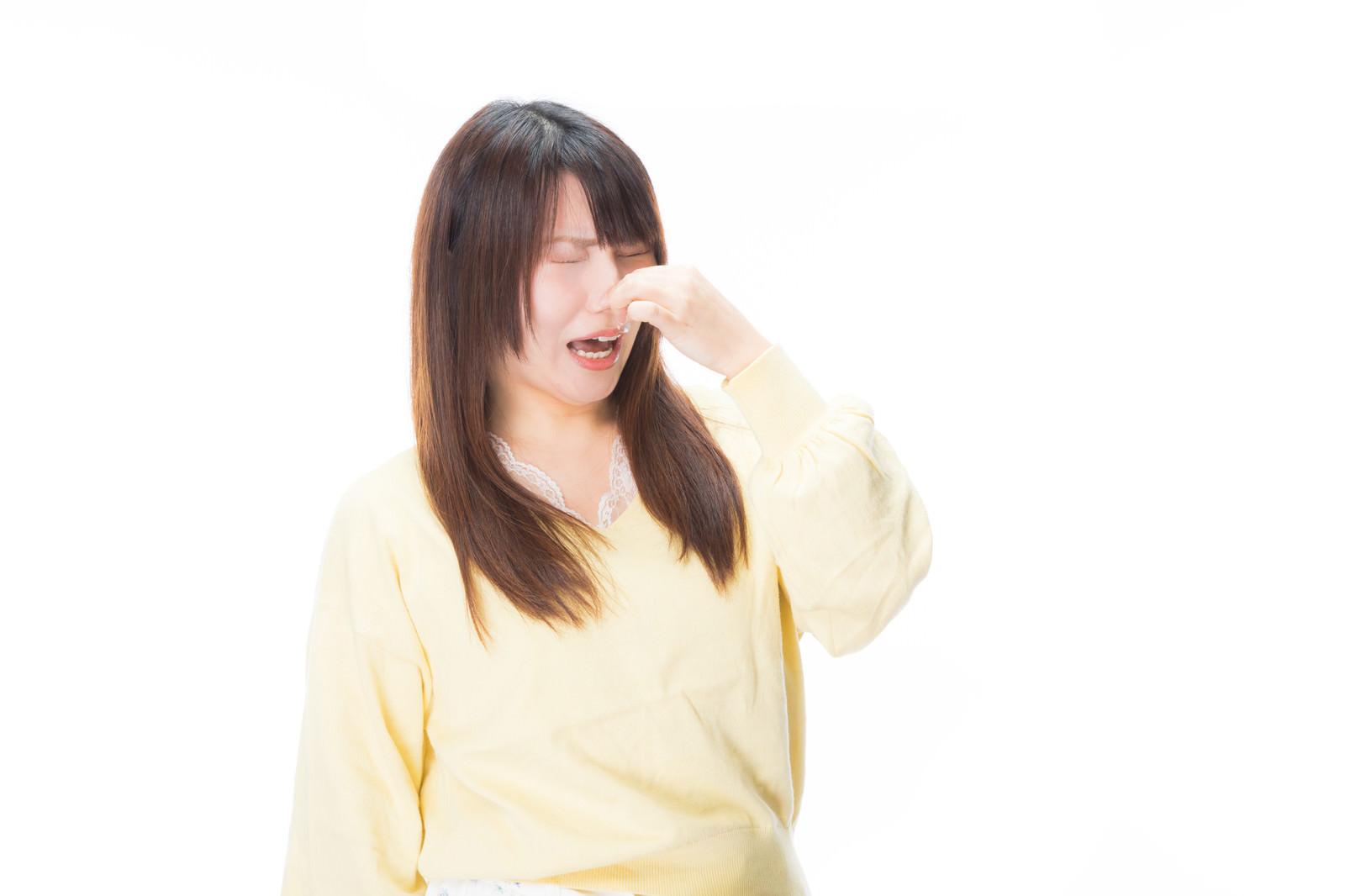 「「くっさーーい!」と悲鳴をあげる女性」の写真[モデル:Lala]