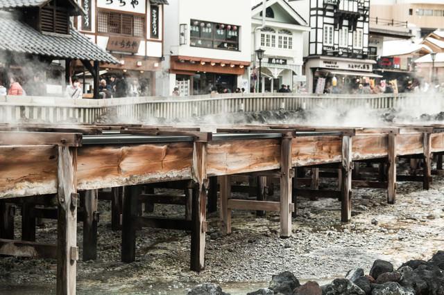湯樋の側面(草津温泉)の写真