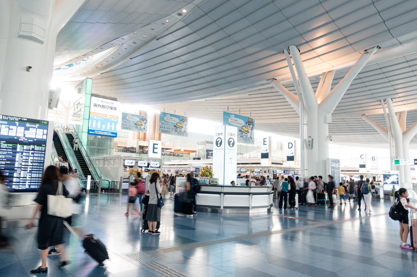 「羽田空港の国際ターミナル」の写真