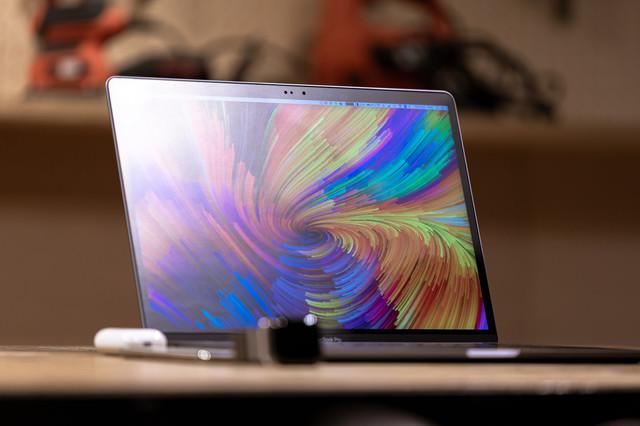 MacBook Proのディスプレイの写真