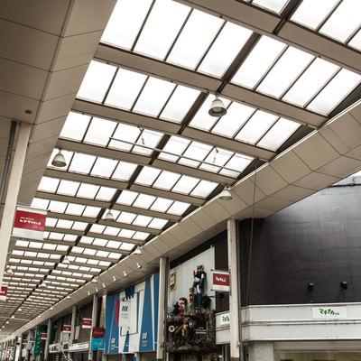 「前橋商店街のアーケード」の写真素材