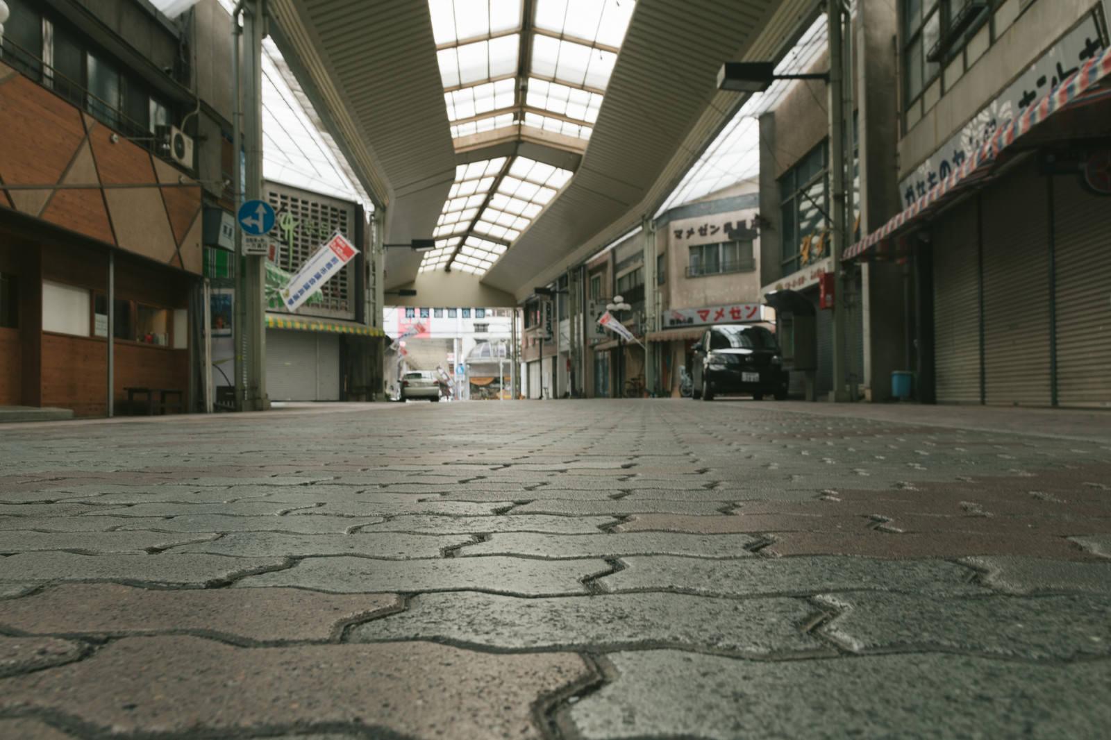 「アーケードが続く前橋中心商店街」の写真