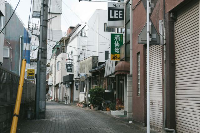前橋商店街の街並みの写真