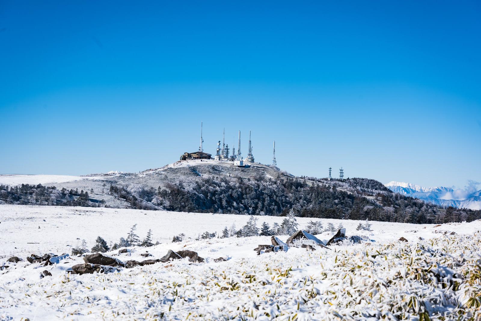 「冬の電波塔(美ヶ原)」の写真